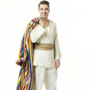 Joe McElderry is Joseph - Credit Mark Yeoman